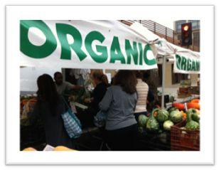Farmer's MarketはLA市内、毎日どこかでやっている朝市